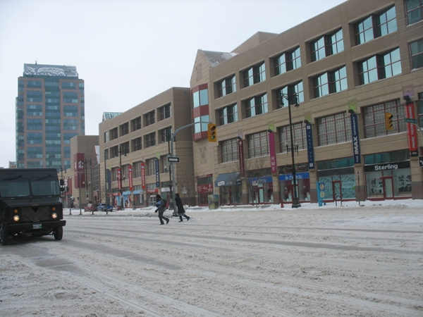 погода и зима в Виннипеге, Портаж Авеню, Portage Avenue, Winnipeg